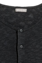 Fine-knit Henley shirt - Black - Men | H&M 3